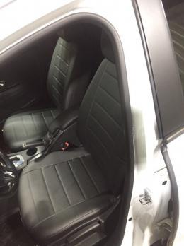 Модельные авточехлы для Renault Fluence (2010-н.в.) из экокожи Premium, черный