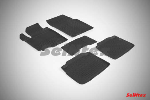 Резиновые ковры с высоким бортом в салон для Suzuki SX4 II (2015-н.в.)