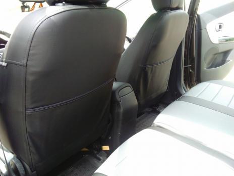 Модельные авточехлы для Kia Ceed II (2012-2018) из экокожи Premium, черный+серый